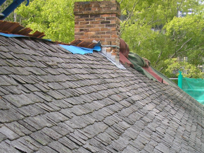 The roof of the Glover Cottages before the renovation