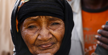 A woman at the Mazrak Refugess Camp, north-west Yemen. Image Credit: Flickr (IRIN Photos) Creative Commons.
