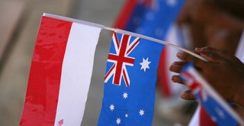 Australian and Indonesian flags. Photo source: Australian Aid Photo Library (Flickr). Creative Commons.