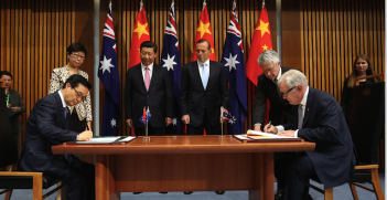 Chinese-Australia FTA signing in November 2014. Photo source: Minister for Trade (Official website). Creative Commons.