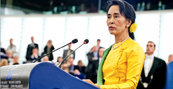Aung San Suu Kyi addressing the members at the European Parliament in 2013. Photo source: European Parliament (Flickr). Creative Commons.