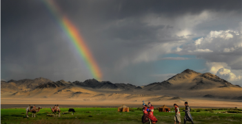 Mongolia Nadaam. Photo source: Bernd Thaller (Flickr). Creative Commons.