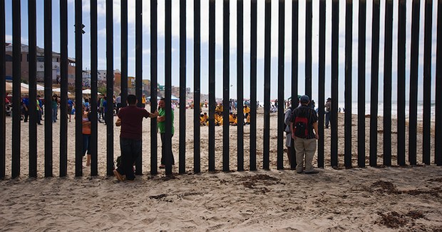 US-Mexico Border. Photo Credit: Brian Auer (Flickr) Creative Commons