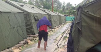 Manus Island Detention Centre, Photo Credit: Greens MPs (Flickr) Creative Commons