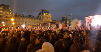 Macron's victory speech crowd. Photo from Arnaud Devigne‏'s Twitter account.