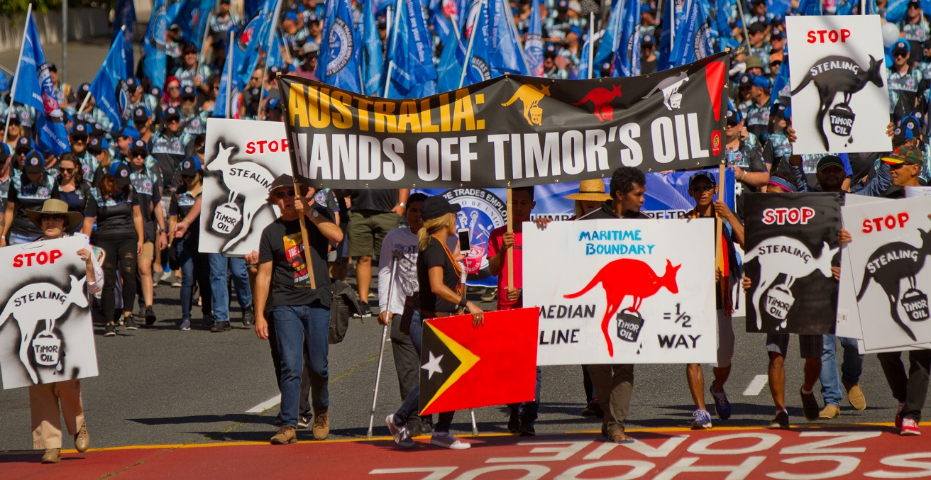 Protesters in Brisbane protesting Australia's claim on East Timorese oil