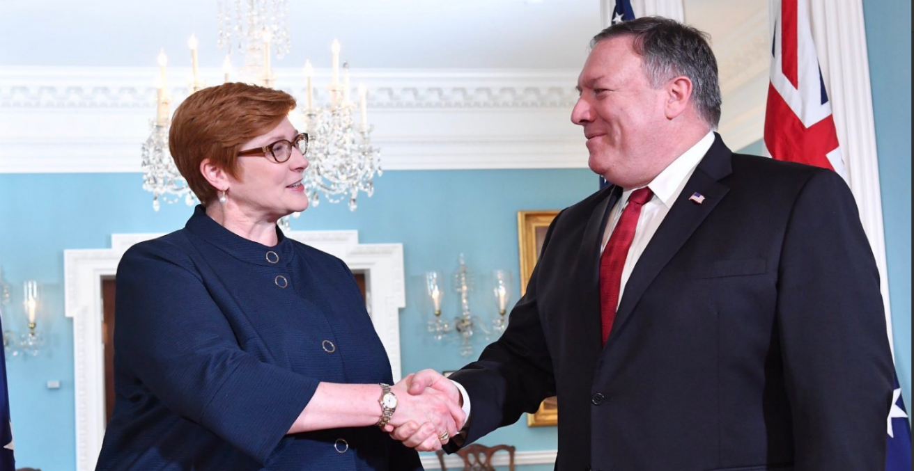 Foreign Minister Marise Payne (left) and US Secretary of State Mike Pompeo (right) at the US Embassy Canberra, 2 October 2018 (Credit: Twitter @MarisePayne)