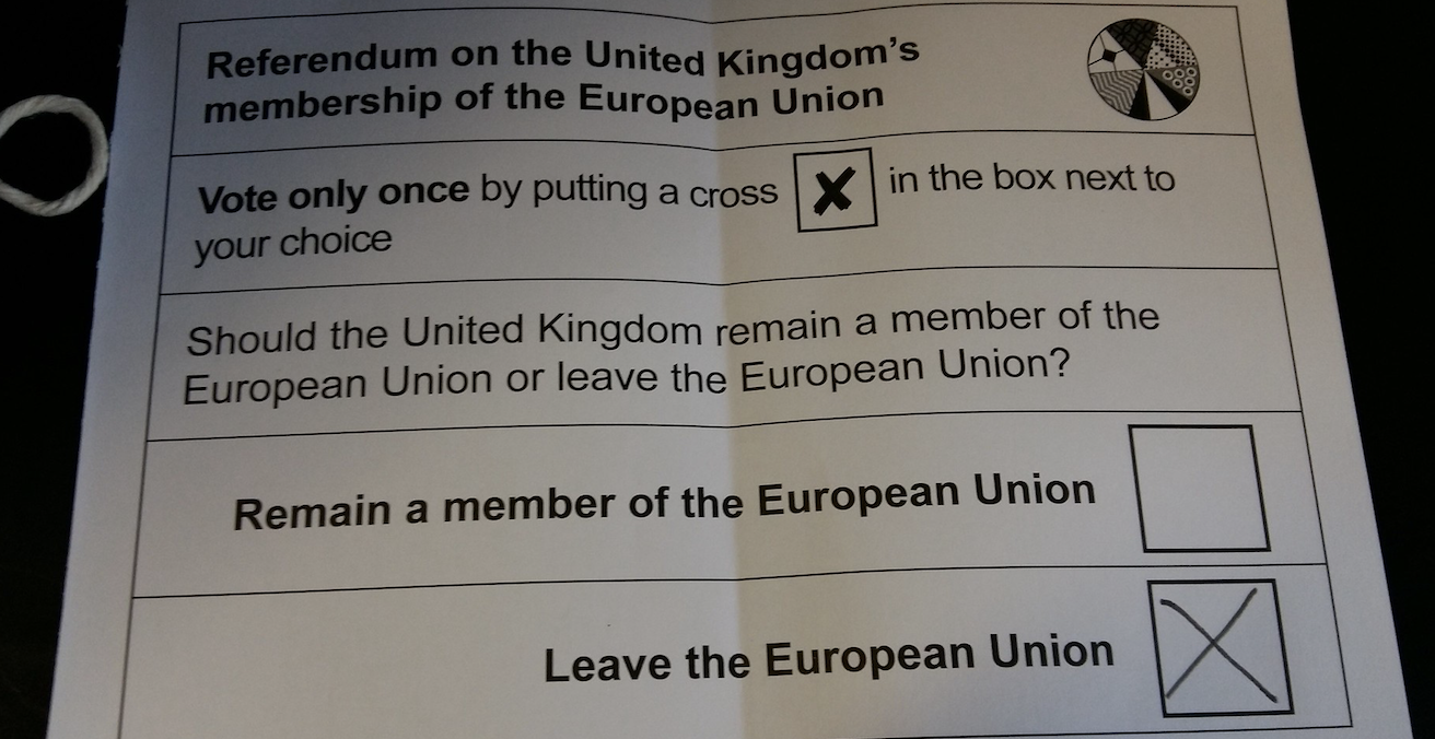 Ballot paper from the 2016 referendum on whether the United Kingdom should  leave or remain in the European Union. Source: (Mick Baker)rooster, Flickr