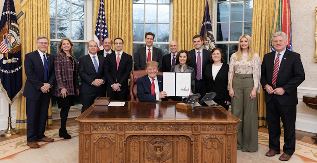 President Trump signed the Executive Order on Maintaining American Leadership in Artificial Intelligence on 11 February 2019. Source: US Mission to the OECD