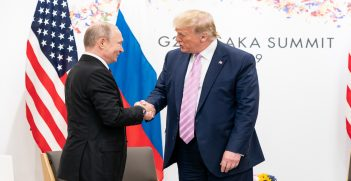 Trump and Putin shaking hands at the G20 summit. Source: The White House, Flickr, https://bit.ly/2KvLgaQ