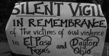 Silent vigil in the remembrance of the El Paso and Dayton victims. Source: Rick Stillings, Flickr, https://bit.ly/2MrygoK