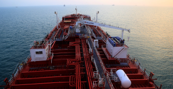 In Oman waters close to the Straits of Hormuz, a squad of Revolutionary forces boarded the Stena Impero, a British-flagged oil tanker with an international crew, ordering it to the Iranian port of Bandar Abbas. Source: Wikimedia Commons - Abed Ghasemi