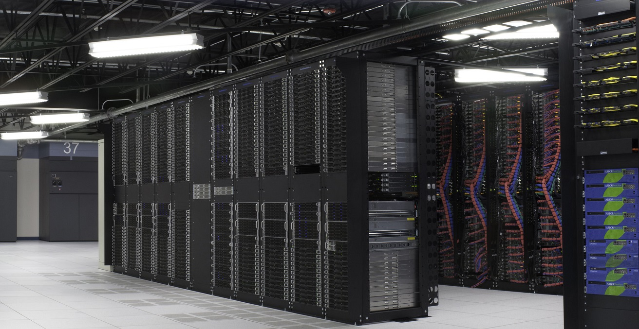 An IBM cloud data center.  Source: ibmphoto24 https://bit.ly/36Werxe