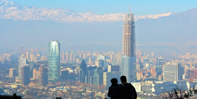 Winter in Santiago, Chile. Photo Credit: Flickr (alobos Life) Creative Commons.