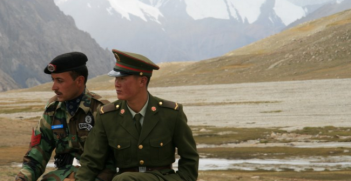 Chinese and Pakistan border guards at Khunjerab Pass. Photo Source: Wikimedia. Creative Commons.