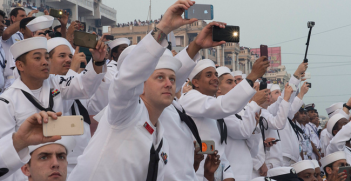 VISAKHAPATNAM, India (Feb. 7, 2016) Sailors watch an operational demonstration during India's International Fleet Review (IFR) 2016. Photo Source: U.S. Pacific Fleet (Flickr). Creative Commons.