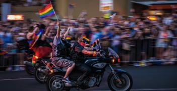 Sydney Mardi Gras 2016. Photo source: Travis Chau (Flickr). Creative Commons.
