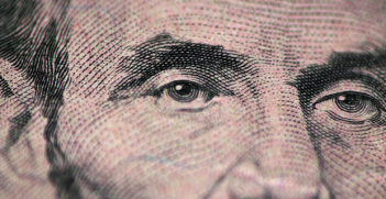 Greenback Photo Credit: Laszlo Ilyes (Flickr) Creative Commons