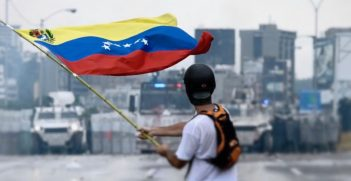 Protester facing the Venezuelan National Guard, 2017