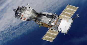 Soyuz TMA 7 Spacecraft