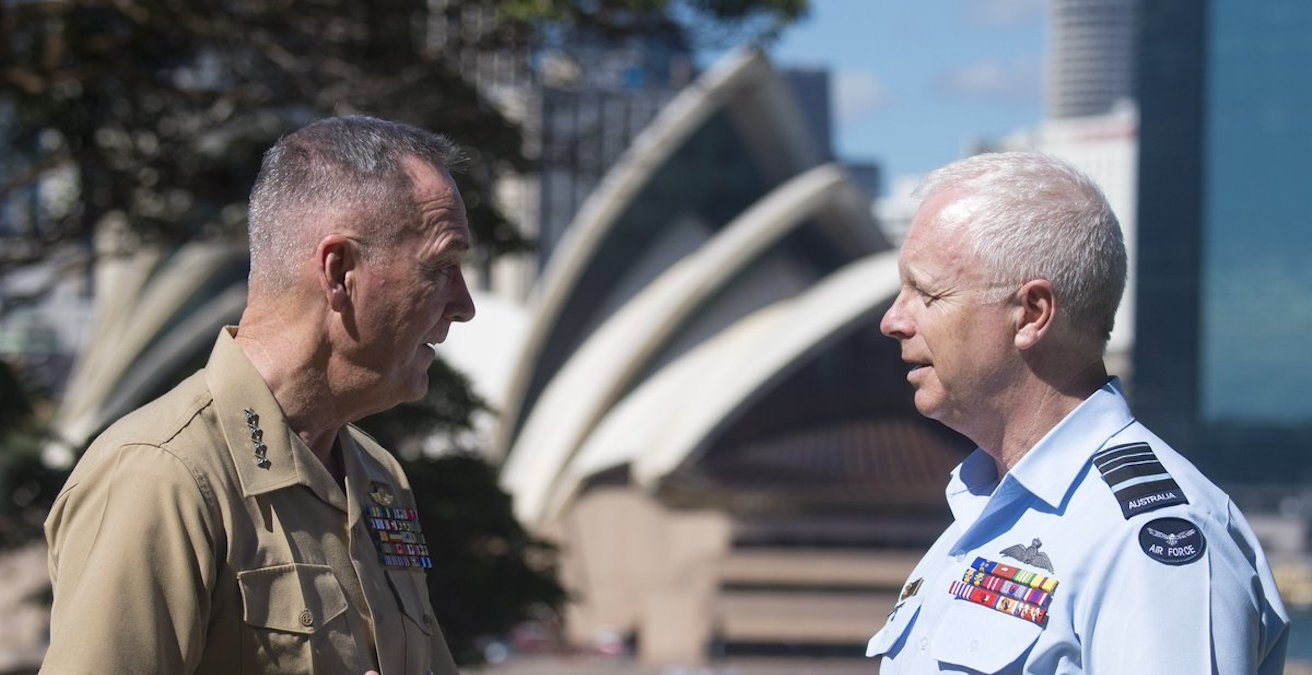 US Chairman of the Joint Chiefs of Staff, General Joseph Dunford and Australian Chief of the Defence Forces Mark Biskin (Source Twitter @JointStaff)