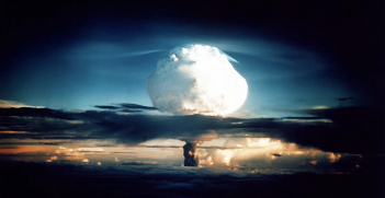 A thermonuclear device with a yield of 10.4 megatons is detonated at Enewetak Atoll in the Marshall Islands in 1952. Source: ICAN/US Government, Flickr