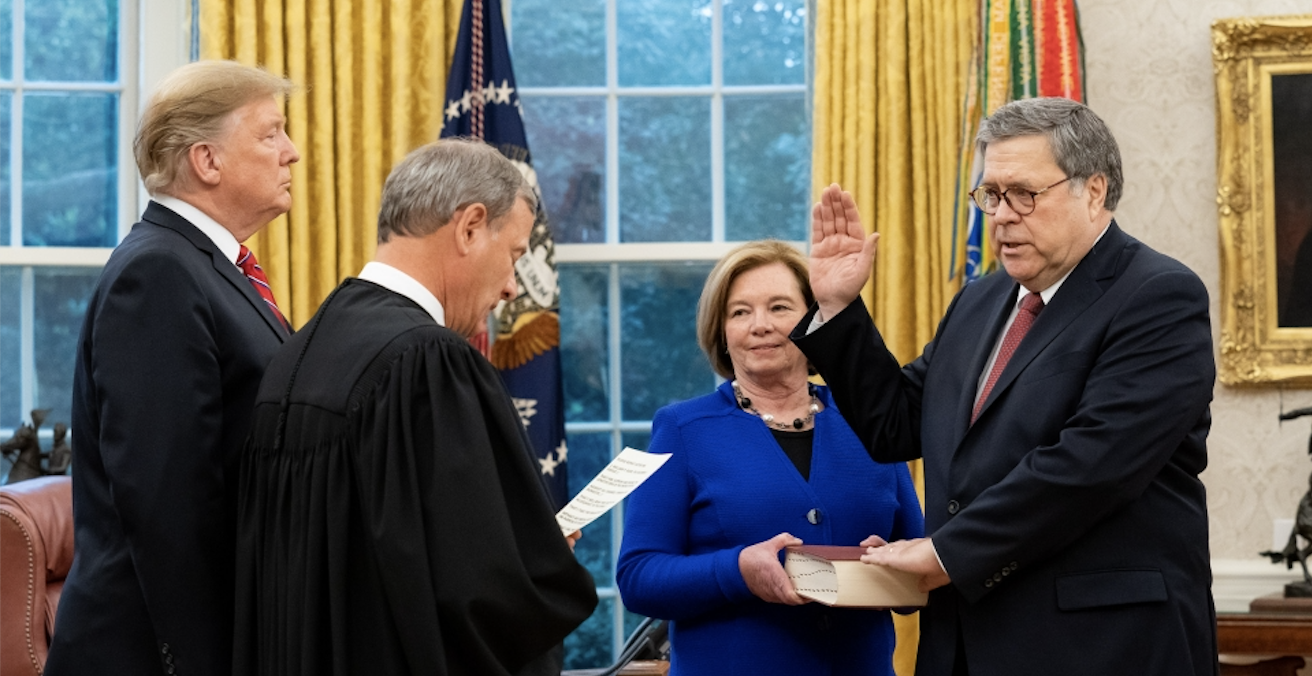 US President Trump participates in swearing-in of William Barr as the Attorney-General by Supreme Court Chief Justice John Roberts on 14 February 2019. Photo: Tia Dufour/US Department of Justice