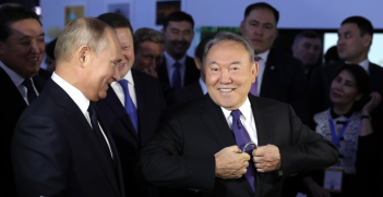 Former Kazakh President Nursultan Nazarbayev entertains Russian President Vladimir Putin on a visit to Kazakhstan in November 2018. Source: Kremlin.ru