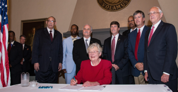 Alabama Governor Kay Ivey signs a ban on abortion on 15 May 2019. Source: Official United States Air Force Website http://bit.ly/31T2k0X