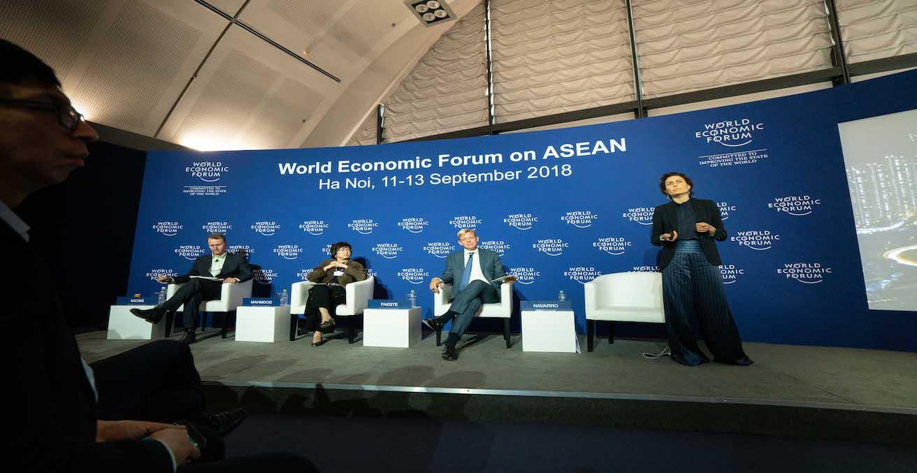 World Economic Forum on ASEAN discussing the agenda on ASEAN's Digital Future in Hanoi, Source: World Economic Forum, Flickr, https://bit.ly/2mfip0F