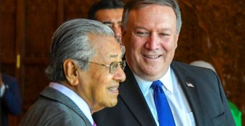 Mahathir Mohamad and Mike Pompeo. Photo by US Department of State. Source: https://bit.ly/34g6yQ6
