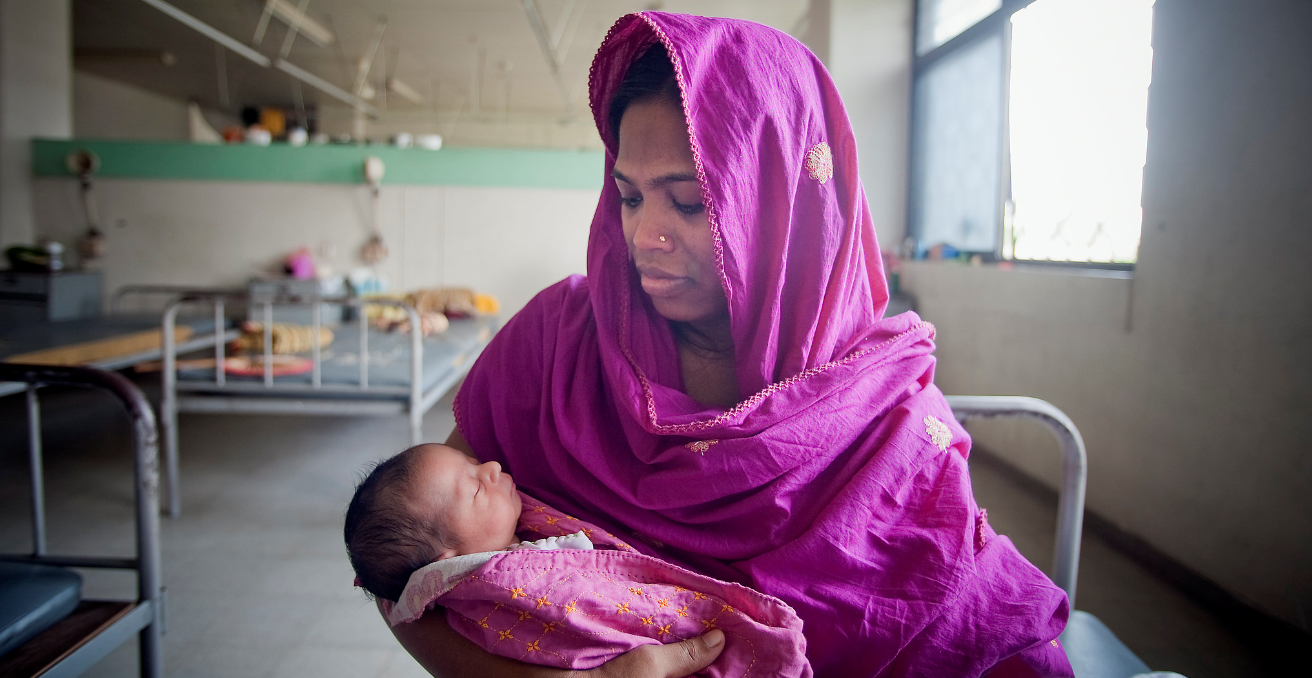 A mom and her newborn baby at the Maternal & Child Health Training Institute for medically needy in Dhaka, Bangladesh.  Source: UN Photo/Kibae Park https://bit.ly/3aHvVOo