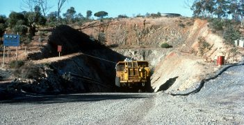 Ore truck coming out of the portal, Silver Swan nickel mine, Western Australia. Source: R. Hill https://bit.ly/3chl9ze