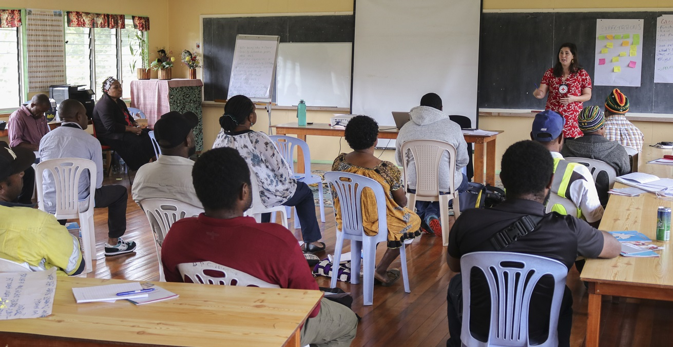 The ICRC conducts a MHPSS session with a community in Enga Province. Photo supplied by the ICRC.
