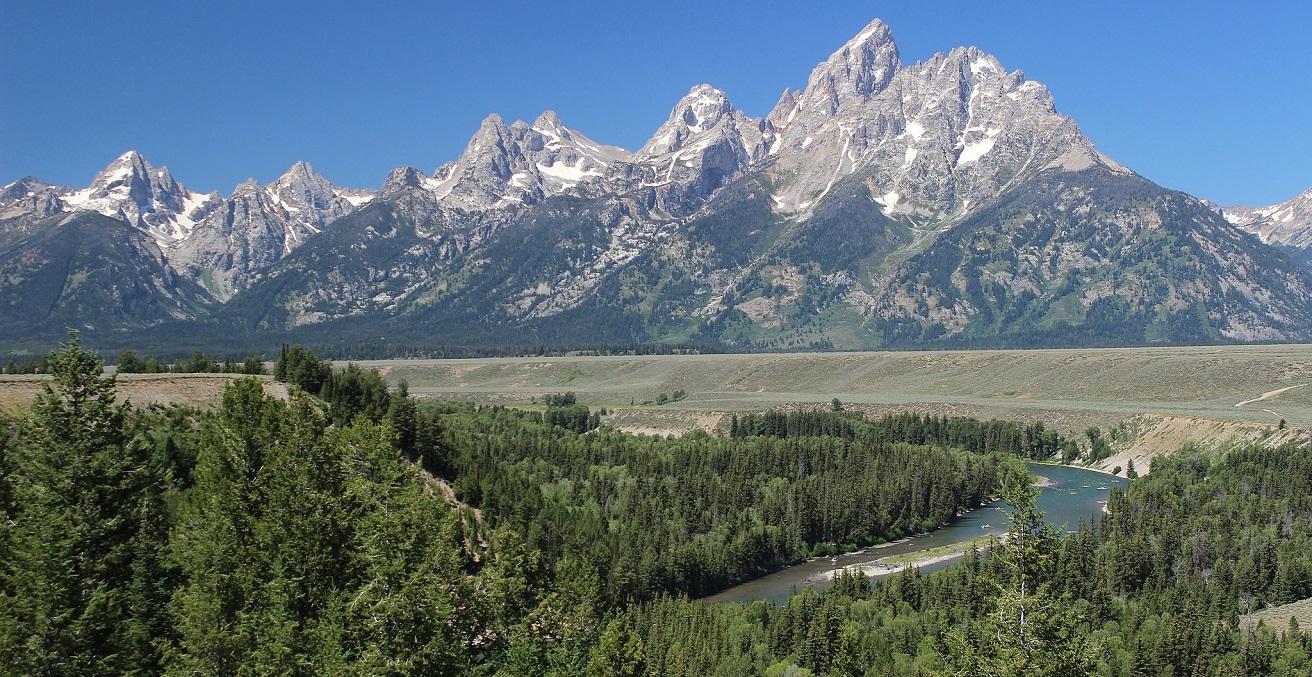 Teton Range, Wyoming Source: Miguel Hermoso Cuesta, https://bit.ly/2FCumYf