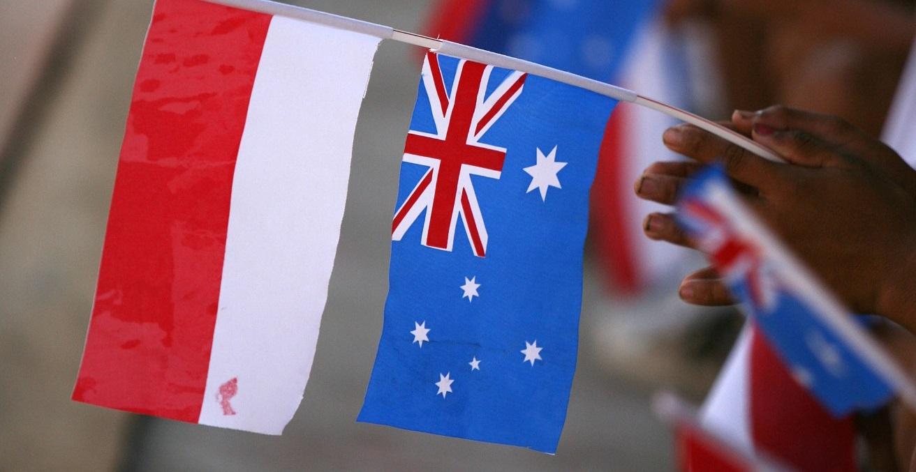 Australian and Indonesian flags. Source: Josh Estey https://bit.ly/2Ga1kzq