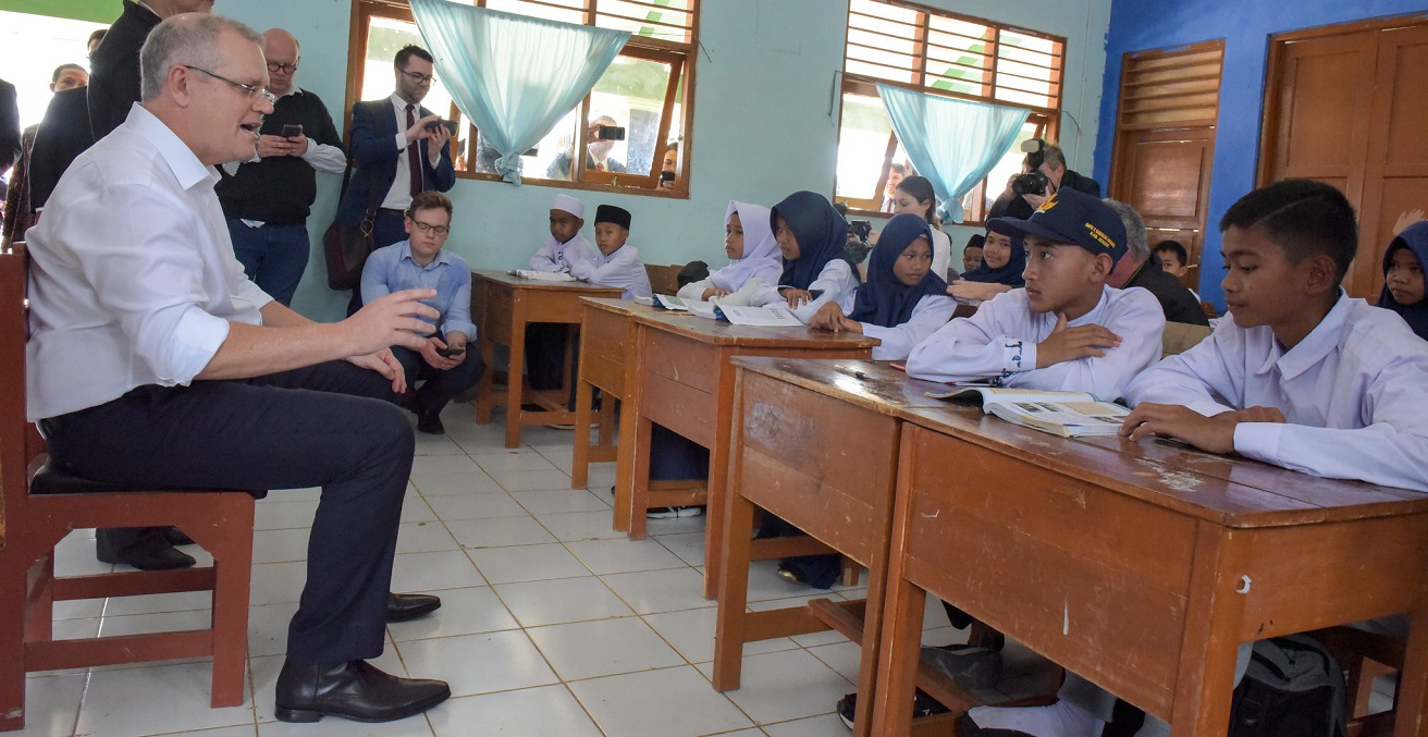 Australian Prime Minister Scott Morrison visits a school in Indoneia. Source: Timothy Tobing/DFAT https://bit.ly/3lR2AGZ