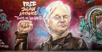 Picture of Free Assange graffiti. Source: duncan c https://bit.ly/2VkaRIn