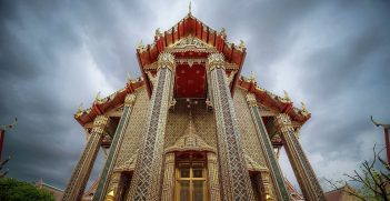 Wat Ratchabophit, Bangkok. Source: Thanachart Chuengyaempin https://bit.ly/313ROVt