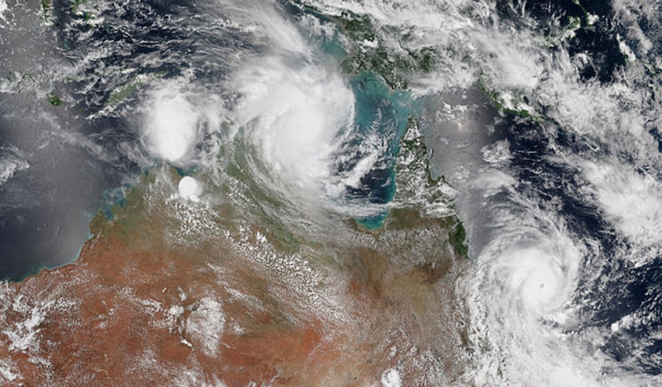 The Fujiwhara Effect played out in Australia in 2015, when cyclone Lam interacted with cyclone Marcia. Sourced from wiki commons, https://bit.ly/3wVolM4