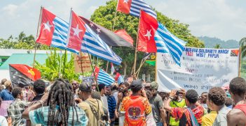Local people from PNG manifest, protest against Indonesian government to finally give West Papua independence and release them free, manifestation, demonstration. Source:  Anna_plucinska/Shutterstock.