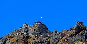 India-china border and nathula peak. Source: Vinay.vaars https://bit.ly/3wHDIYc