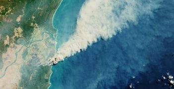 Fires burning in the Yuraygir National Park and Shark Creek area on the east coast of Australia. Source: European Space Agency https://bit.ly/3zlWBAk